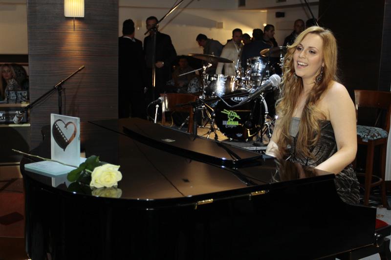 Maya Sar_premijera bh. pjesme za Eurosong 2012