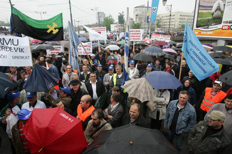 Protest upozorenja Saveza samostalnih sindikata BiH