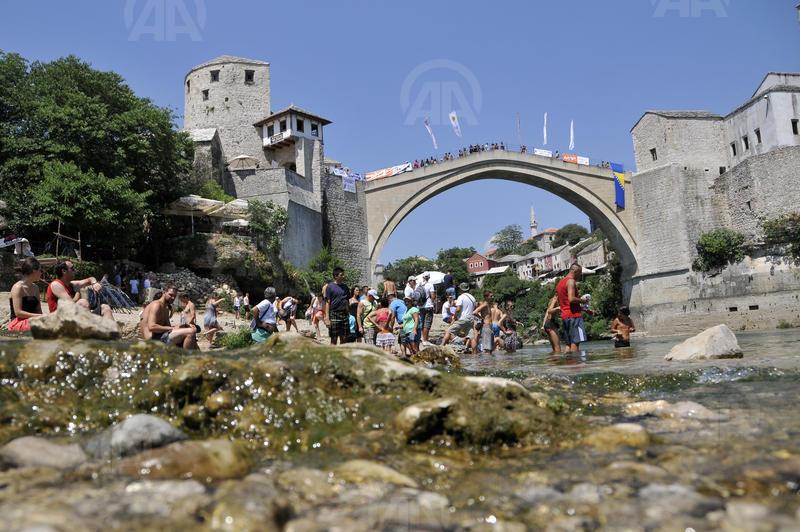 Pripreme za Skokove sa Starog mosta u Mostaru / Foto: Anadolijaskok