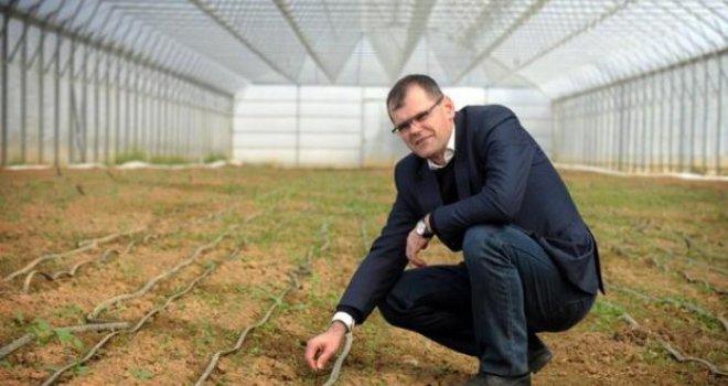 Ko kaže da nema posla: Upoznajte Bosanca koji je Nijemcima prodao ekopovrće 15 godina unaprijed