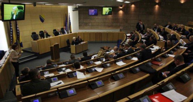 Opoziv odluke o referendumu u RS-u traži 17 delegata Doma naroda FBiH