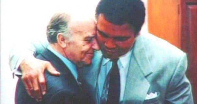 Kako je Muhammad Ali podržao Bosance u ratu: Ova fotografija s Alijom Izetbegovićem obišla je svijet