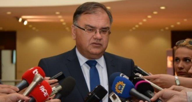 Mladen Ivanić: Ja sam naredio da počasna jedinica OSBiH bude danas u Banjoj Luci