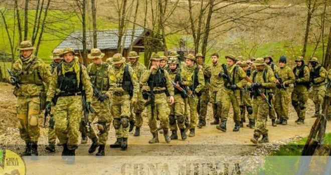 Otkriveno: Evo ko čini 9.000  'mladih Bošnjaka' - tajnu vojsku Bakira Izetbegovića