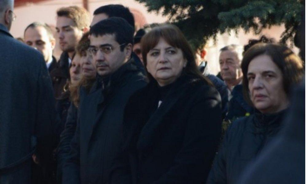 oliver-ivanovic-supruga-2