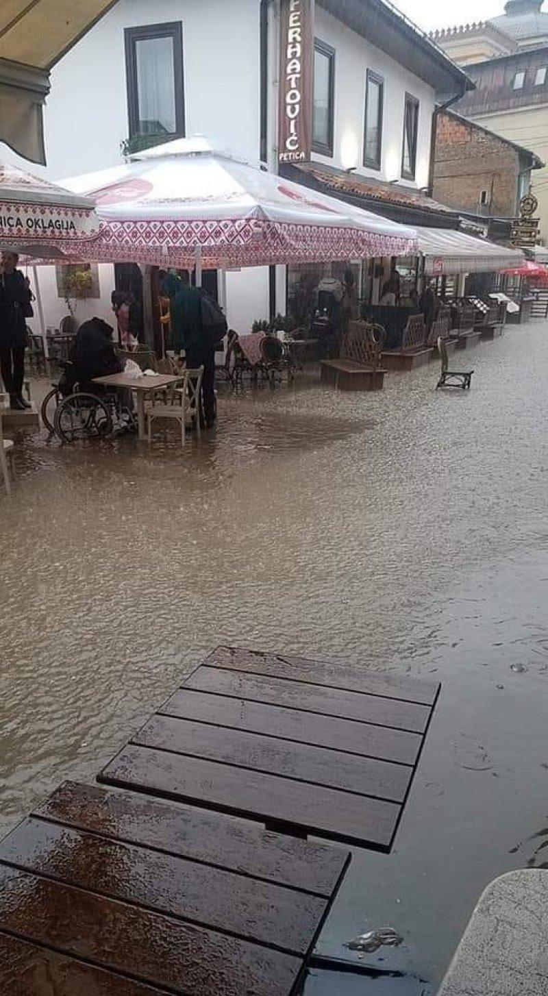 bascarsija-kisa-poplava