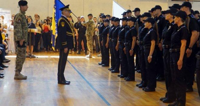 Ovo Su Nove Policijske Snage KS: 118 Kadeta Položilo