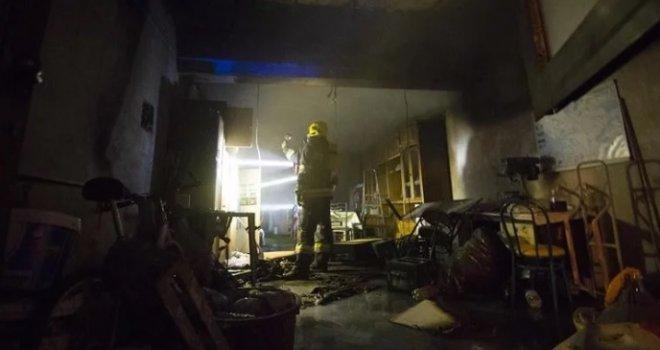 Izgorio apartman na Jadranu u kojem je odsjeo mladi par iz BiH: Muškarac u šoku nakon što se nagutao dima