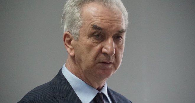 Šarović: Kolektivno optuživati cijeli jedan narod da je loš nezapamćen je izliv nacionalne netrpeljivosti